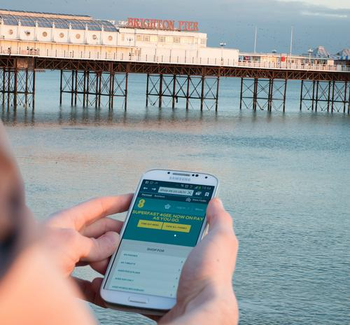 Pier-to-pier networking: EE brings 4G services to Brighton.