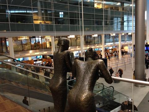 Folk travel light at Copenhagen Airport. (Source: BusinessWire)