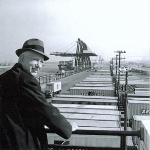 Malcolm McLean at Port Newark, 1957. Source: russavia