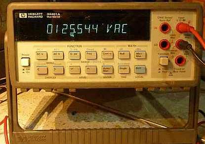 An early 34401A with the HP logo, before the 1999 Agilent spinoff. 