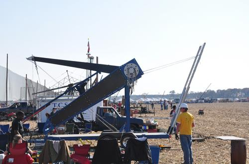 Team ETHOS's redesigned catapult, called Phoenix, took first prize in the 2009 Punkin' Chunkin' competition with a throw of 2,088 feet.
