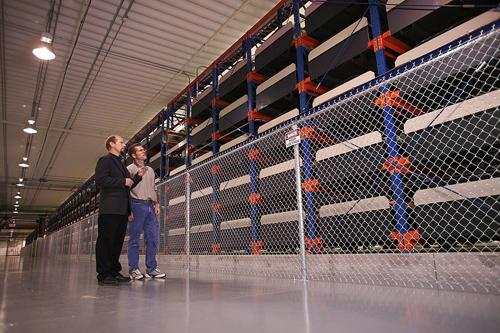 Battery farms can store energy in low-megawatt capacities.   (Source: Electric Power Research Institute)