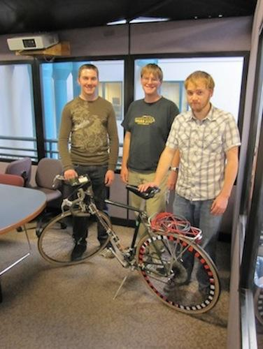 Gadget Freak Case #205: Colorado Smart Bike Shifts Itself A group of Colorado State University engineering students created a bike that shifts gears by itself based on several inputs: rear wheel speed, pedaling direction, and initial chain position.