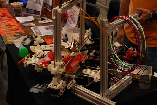 While many 3D printers work at 0.3mm or 0.25mm and struggle at 0.1mm, the Bukobot 8 Vanilla prototype has been tested with output at 0.05mm, according to its developer.