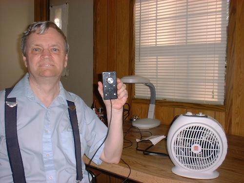 Andrew Morris' gadget saves electricity by using the actual room temperature to control the heater.