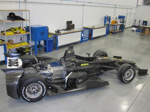 All IndyCar teams use the Dallara chassis, a composite structure designed to protect the driver during an impact. Vehicle components are also placed outside the driver's 'tub' enclosure to avoid contact with the driver and minimize penetration potential.   (Source: Dallara)