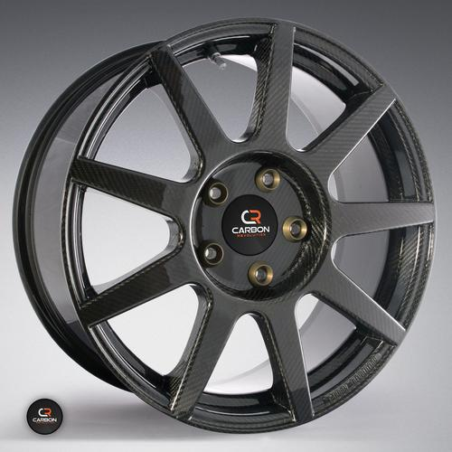 The one-piece CR-9 front wheel weighs 7kg (15.73 pounds), has a rim diameter of 19 inches, and attaches to metal hardware with a patented joint system under dynamic loading conditions. (Source: Carbon Revolution)