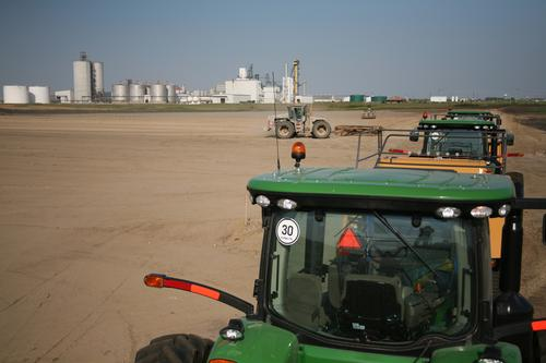 Next year DuPont plans to complete one of the first and biggest commercial-scale cellulosic biorefineries in the world, which will make biofuel from corn stalks and leaves at this Nevada, Iowa construction site.   (Source: DuPont)
