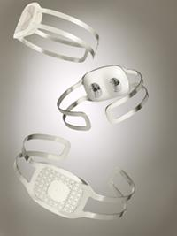 BodyMedia CORE 2 Armband with jewelry accessory.   (Source: BodyMedia)