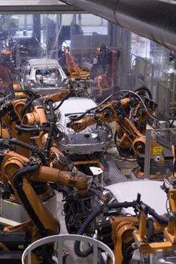 The ease of configurability of wireless networks for new assembly lines makes wireless very attractive to the automotive industry, which often introduces new