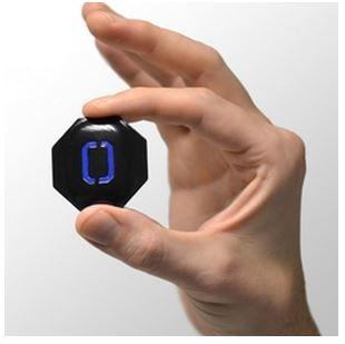 The DropTag, a Bluetooth-connected sensor, monitors shipped packages in real-time. A smartphoneapp keeps you informed on the package's health.(Source: Cambridge Consultants)