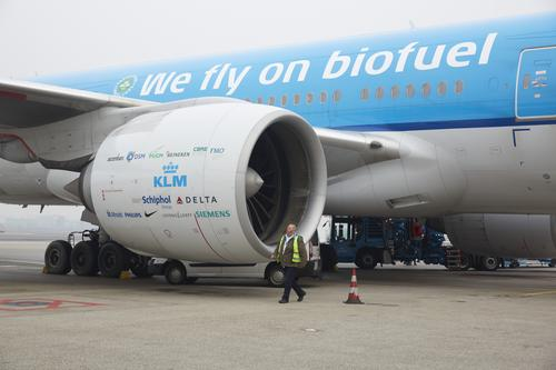 KLM Royal Dutch Airlines has begun weekly transatlantic flights from New York to Amsterdam using biofuel made from used cooking oil.   (Source: KLM Royal Dutch Airlines)