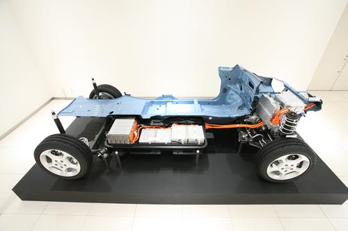 Engineers of Nissan's Leaf, which made its debut in 2010, wanted their car to have a battery that wouldn't clog up valuable rear-seat space. Instead of placing the lithium-ion batteries in the back seat and trunk, they created a 24-kWh pack that resides under the floor.   (Source: Nissan)