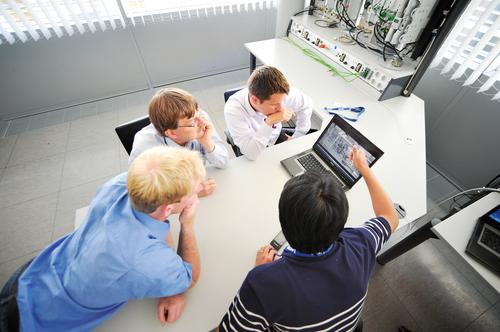 Machine automation applications demand high-performing, simple-to-use, maintenance-free technologies. Successful motor drive integration depends on a high-performing design environment that brings together powerful engineering tools and experienced applications engineers.   (Source: Lenze Americas)