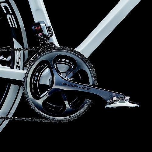 Lexus employed a unique carbon fiber crank from Shimano. The crank isn't all carbon fiber, however. It incorporates aluminum thread inserts at the pedal and crank axle ends.   (Source: Lexus)