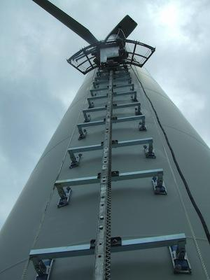 Support-bracket attached to tower with rack rail in place.