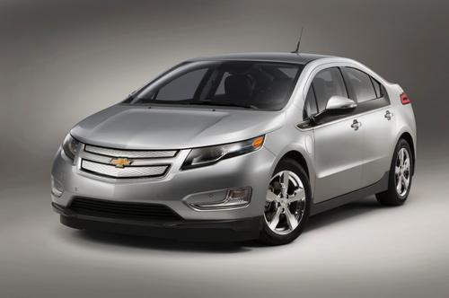 GM hopes a $5,000 price cut will position the Volt as a head-to-head competitor to the Toyota Prius.   (Source: GM)