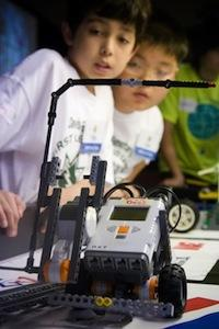 The Junior FIRST LEGO League introduces 6- to 9-year-olds to fundamental robotics concepts.