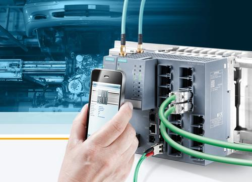 Siemens is expanding its portfolio of Industrial Ethernet switches with the SCALANCE XM-400, offering two basic units and port extenders for connecting up to 24 network stations.   (Source: Siemens Industry)