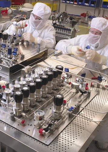 Norcimbus clean room technicians assemble high purity gas panels that come in a variety of manual, automated, or semi-automated formats.