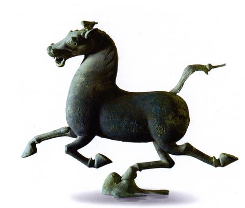 Researchers headed by the University of Science and Technology of China have demonstrated a design optimization scheme that decreases the material needed to 3D print a solid object by 85 percent. They used, as an input test model, a version of the famous statue known as the flying horse of Gansu, shown here. (Source: Wikimedia Commons)