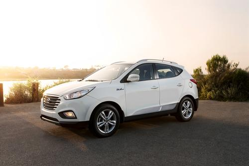 The Tucson Fuel Cell vehicle will hit California showrooms beginning in February. The vehicle will be leased in the Los Angeles/Orange County area for $499 a month for 36 months and $2,999 down.   (Source: Hyundai Motor Co.)