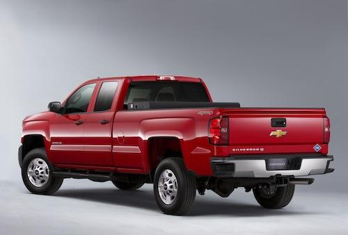 At the Chicago Auto Show, Chevrolet rolled out bi-fuel versions of the 2015 Silverado 2500HD (shown) and 3500HD trucks. The bi-fuel versions burn CNG or gasoline.(Source: Chevrolet)