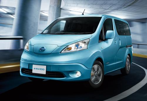 The e-NV200 is likely to have an all-electric driving range less than that of the Leaf, which is rated on the US EPA test cycle at 84 miles. Media reports of a 120-mile range are based on Japan's JC08 test cycle.   (Source: Nissan Motor Co.)