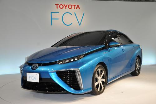 Toyota's fuel cell vehicle will offer a driving range of about 420 miles.(Source: Toyota Motor Corp.)