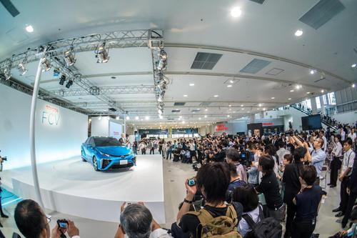 Toyota introduced its FCV at a press conference last week and plans for the vehicle to go on sale in 2015.(Source: Toyota Motor Corp.)