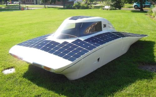 University of Minnesota Students designed a solar car called 'Daedalus' that participated in the 2013 World Solar Challenge road race in Australia, as well as the 2014 American Solar Challenge.   (Source: University of Minnesota)