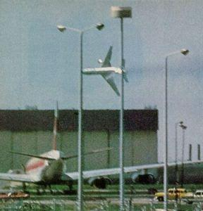 A 24-year-old pilot from Ontario, Canada took this photo from inside a terminal at O'Hare Airport on May 25, 1979. The photo shows Flight 191 rolling, with a trail of fuel and hydraulic fluid leaking from the left wing.   (Source: Wikipedia)
