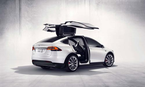 Tesla's long-awaited Model X SUV will offer up to 257 miles of all-electric range and a 0-60 mph acceleration time as low as 3.2 seconds. (Source: Tesla Motors)