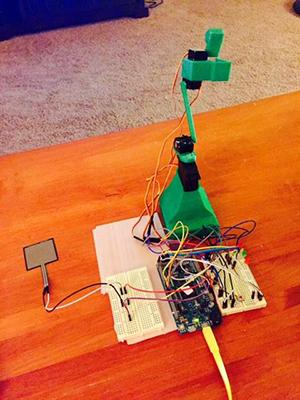 The Rice Krispies Loader designed and developed by Kit Fuderich, a Pennsylvania middle-school teacher. He won the element14 Teacher's Pet Road Test contest with the device. Fuderich entered the competition mainly to learn Mathworks' programming languages MATLAB and Simulink so he could relay his knowledge to his students.  (Source: MathWorks)