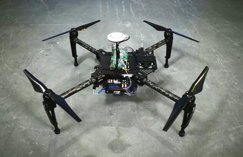 At CES, Intelligent Energy showed off a drone power by one of its fuel cells. The fuel cell extends the available flight time from about 15 minutes by battery to almost two hours. (Source: Intelligent Energy)