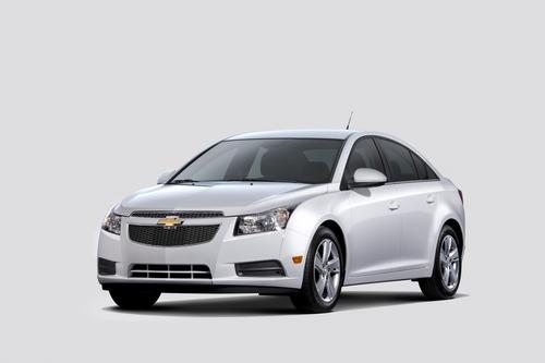 Chevy offered an optional 2.0-liter diesel in the 2014 Chevy Cruze. The 2017 Cruze will also feature an optional diesel. This time, however, the diesel is downsized to 1.6 liters. (Source: Chevrolet)