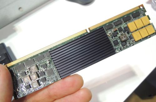 Smart Solutions' new UltraDIMM (click here for a larger version).