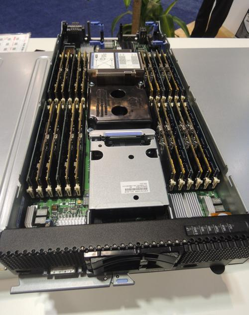 A new IBM server features 16 Smart Solutions 400Gbyte cards (click here for a larger version).