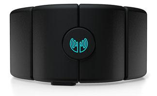 MYO gesture control armband.(Source: Thalmic Labs)
