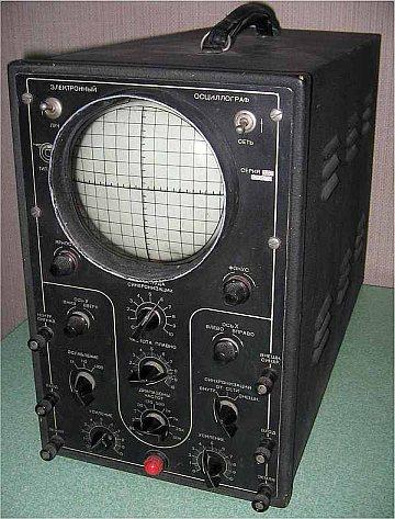 The industry's first oscilloscope, the C1-1, with a bandwidth of 250 kHz.