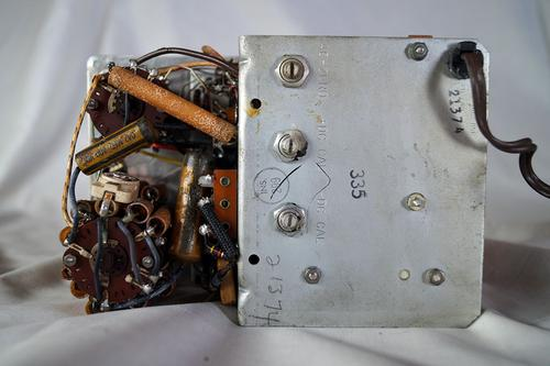 The internals of the unit removed from the case. You can see the calibration system here on the back.