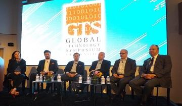 From left: Moderator Alexandra Johnson; Rusnano President and CEO Dmitry Akhanov; Igor Karpovich, Sberbank head of strategic business development; Cisco's Mikhail Pakhomov; Maxim Kiselev, director of leadership programs for Skoltech; Consul General Sergey Petrov. (Source: KC Leung/PapiTV)