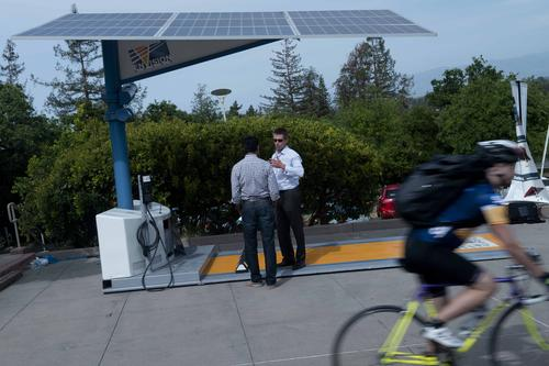 Solar charging station displayed at the Silicon Valley Driving Charged and Connected Symposium, April 23, 2014, in Palo Alto, Calif.  (Source: EE Times/Magnus Thordarson)
