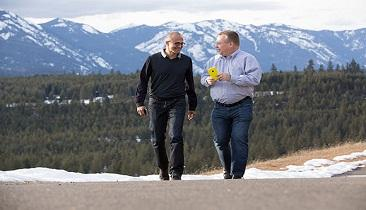 Microsoft CEO Satya Nadella (left) and Executive Vice President of Nokia Devices & Services Group Stephen Elop share a moment together. (Source: Microsoft)