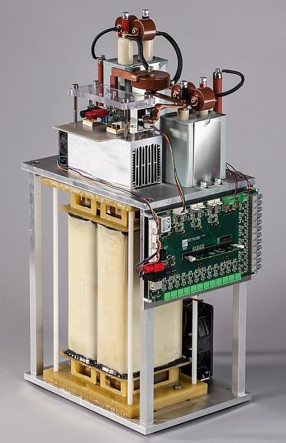 A 30-kW medium-voltage dc/dc converter, developed at Fraunhofer ISE, contains 10-kV SiC devices. (Source: Fraunhofer ISE)