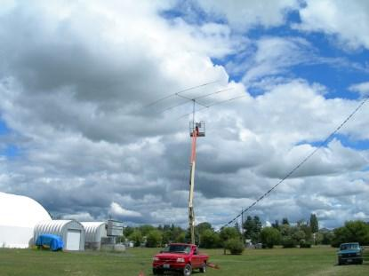 The beam antenna in position. (Click here for a larger image.)