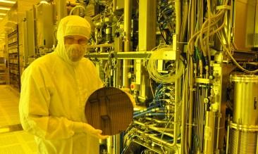 IBM Breaks EUV Throughput Record