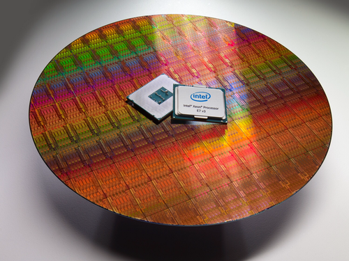 Intel's High-End Xeon E7v3 Debuts