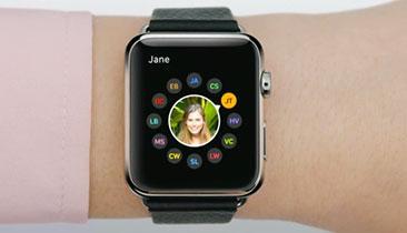 Apple Watch, Android Wear Updates Begin
