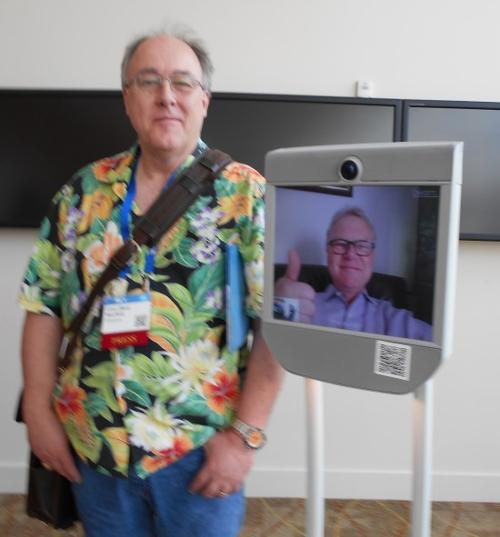 Yours truly (in the Hawaiian shirt) and Steve Ernst (in the telepresence robot)  (Source: Max Maxfield / Embedded.com)